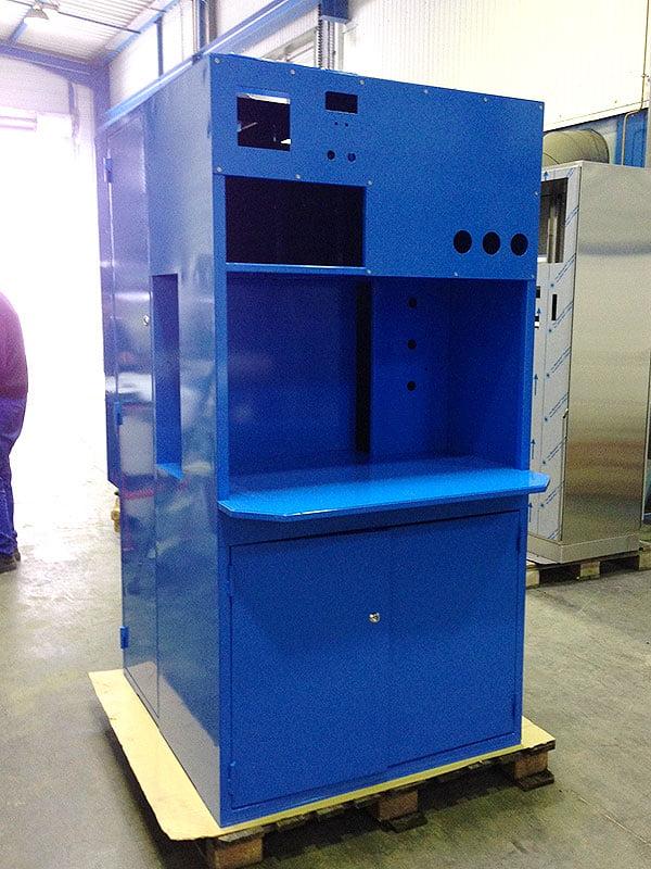 Résulat final armoire industrielle thermolaqué bleu brillant