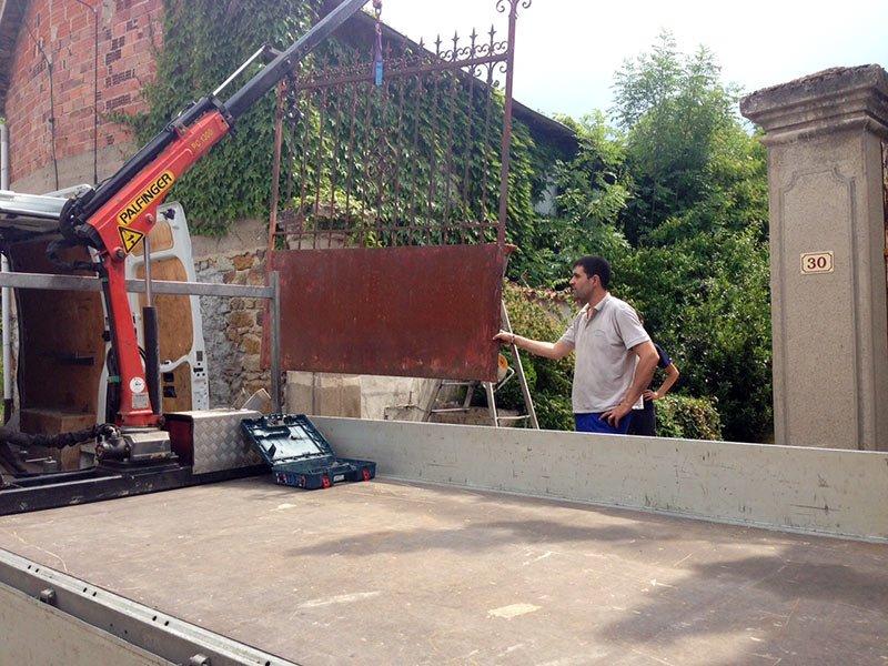 Démontage portillon pour rénovation de thermolaquage, Clermont-Fd, 63